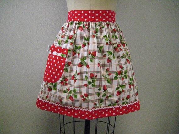 Vintage Inspired Picnic Strawberry Half Apron