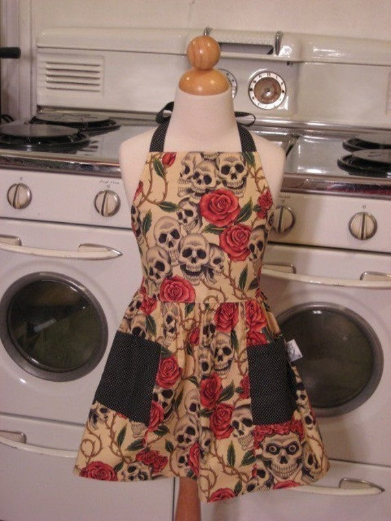 Vintage Inspired Beige Skull and Roses Apron for Little Girls