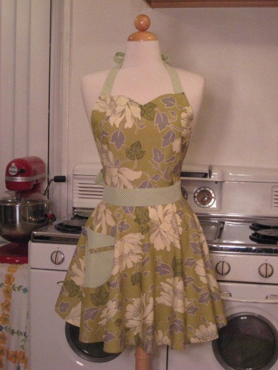 The BELLA Vintage Inspired AMY BUTLER Green Peony Full Apron