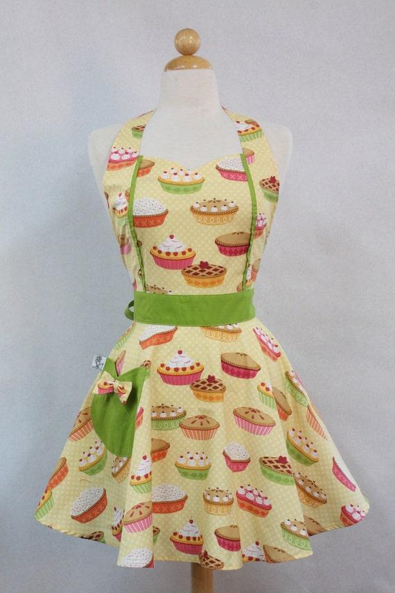Retro Apron Vintage Style Sweetheart Neckline Yellow Yummy Pies Full Apron MAGGIE