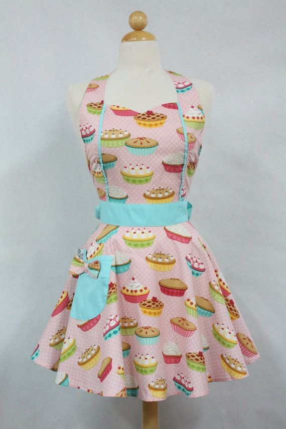 Retro Apron Vintage Style Sweetheart Neckline Pink Yummy Pies Full Apron MAGGIE