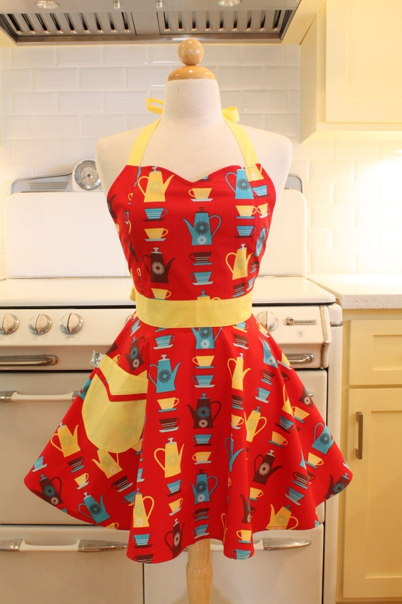 Retro Apron Sweetheart Neckline Red Happy Home BELLA Full Apron