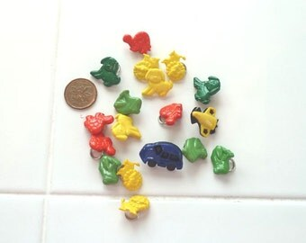 Buttons - Set of 18 - Animals, Planes and Cars