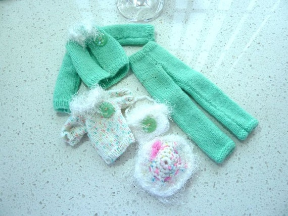 Barbie Clothes - Knit Green and White with Faux Fur 5 Piece Set Fashion Doll