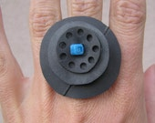 eco ORBIT ring (large - light blue with dots)