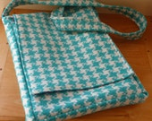 Turquoise and White Houndstooth Messenger Bag