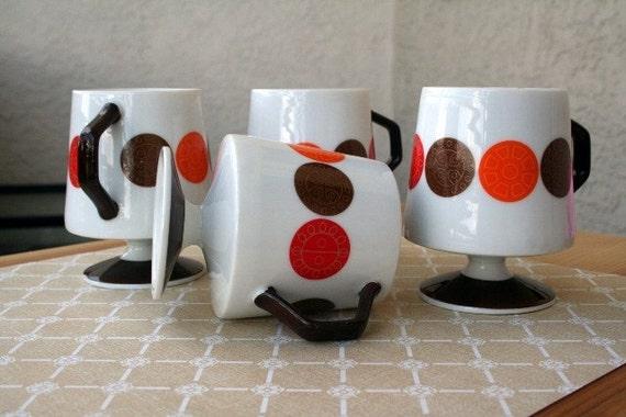 AWESOME set of retro 60s glassware
