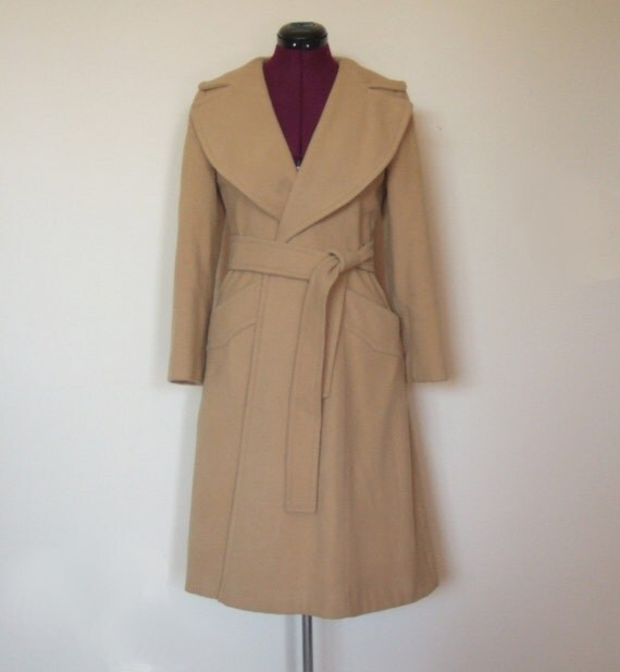 Vintage 1960s Wool Coat With Hood Size Small