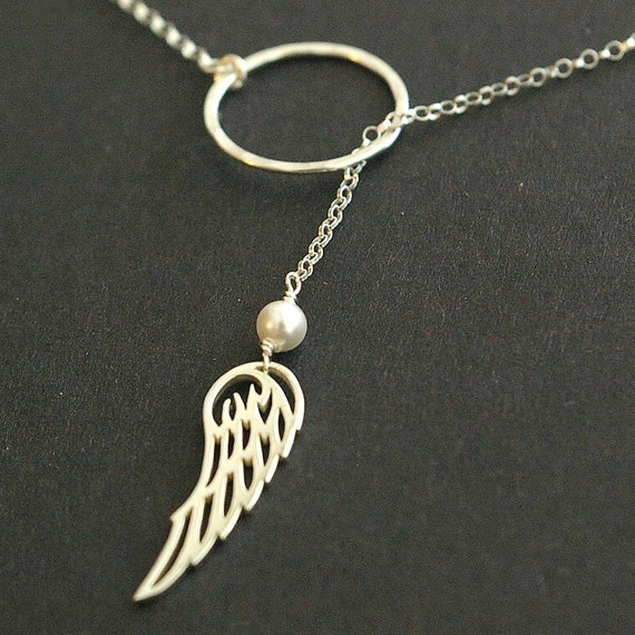 Angel Wing Necklace, Bird Wing Necklace, Sterling Silver Lariat Necklace, Bridesmaids Jewelry, Bridal Party Gifts, Hammered Circle Necklace