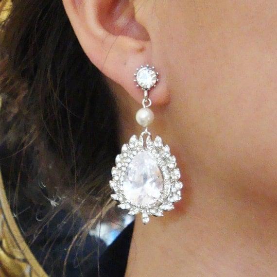 Vintage Style Teardrop Bridal Earrings, Chandelier Rhinestone Wedding Earrings, Crystal & Pearl Earrings, Statement Wedding Jewelry, Esme