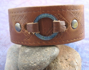 Brown Leather Wrist Cuff with Speckled Blue Green Enameled Ring - Medium