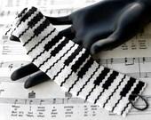 Piano Man ... Peyote Bracelet . Beadwoven Cuff . Black and White . Keys . Music . Musician . Pianist . Keyboard . Classic