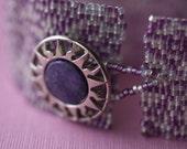 Silvered Plum ... Peyote Bracelet . Lavender . Purple . Frosty . Heathery Blend . Southwest Style Button . Pale Gray . Sunburst
