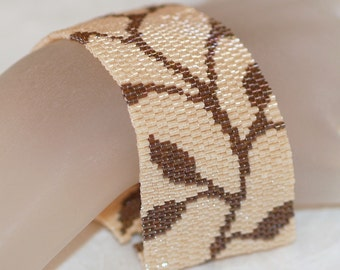 Chocolate Vine ... Bracelet Cuff . Peyote . Nature Inspired . Leaves . Feminine . Neutral Colors . Creamy Beige . Brown