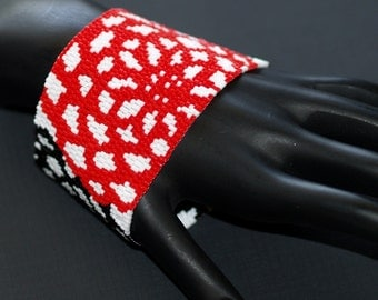Dahlia Bouquet ... Bracelet Cuff . Bold . Black . Red . White . Abstract . Floral . Flowers . Peyote