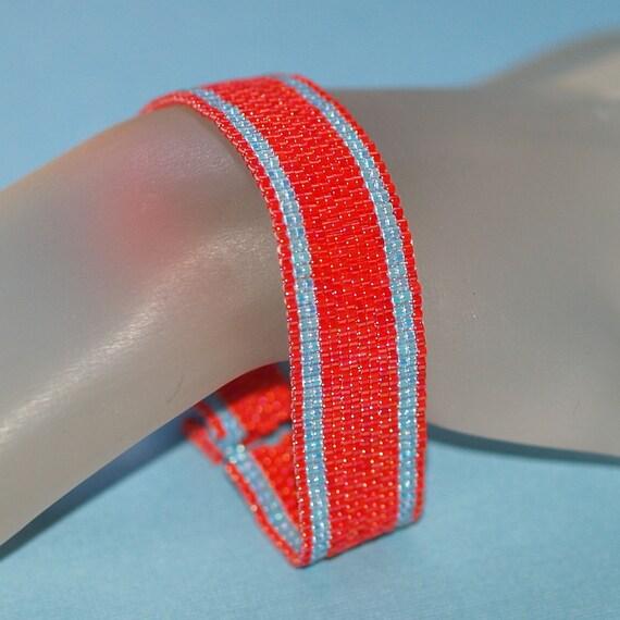 Simply Stripes ... Peyote Bracelet . Bright Red . Sky Blue . Slender . Narrow . Stylish . Simple . Classic Colors . Modern . Beadwoven