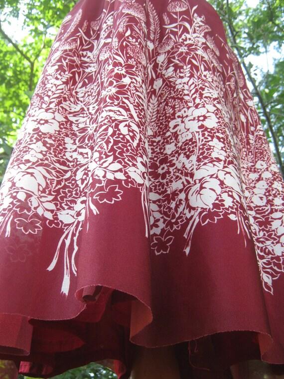 Vintage 70s Skirt/Bohemian Skirt/Gypsy  Skirt/Boho Skirt/ Floral Skirt/small medium