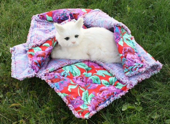 ON SALE--Cat Blanket With Big Bright Pink Flowers