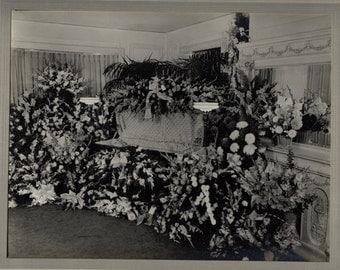 SALE 20s mourning memorial post mortem funeral masonic oddity