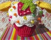 Strawerry Cupcake Purse/Wristlet - PDF pattern -