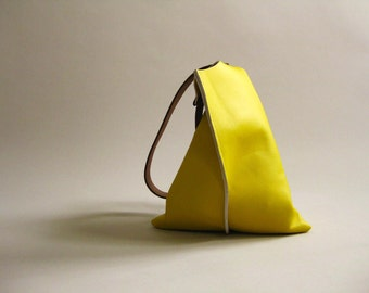 13in Wedge - Lemon yellow leather