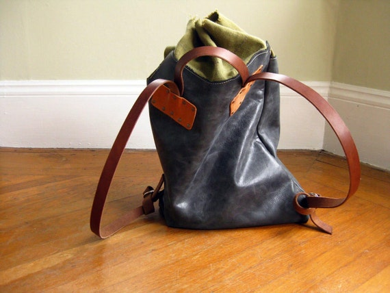 Backpack - Cinch top - Distressed Gray leather
