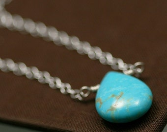 Turquoise Teardrop and Silver Modern Chain Necklace