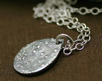Silver Raindrops and Lace Necklace