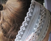 white lace headband poreclain button