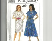 Simplicity  Misses'  Pullover Top  Pattern 9602