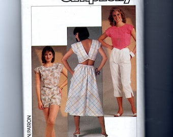 Misses' Pull-on Pants Shorts and Skirt Pattern 6853