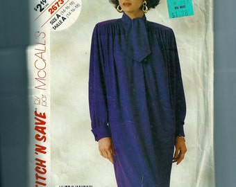 Vintage McCall's Misses' Dress Pattern 2673