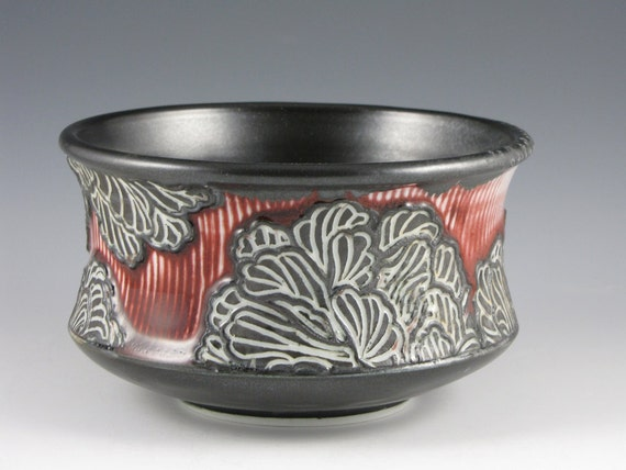 SALE-Peony Bowl in Red and Black