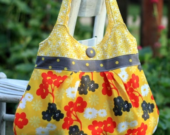 Pretty in Pleats pleated purse PDF sewing pattern