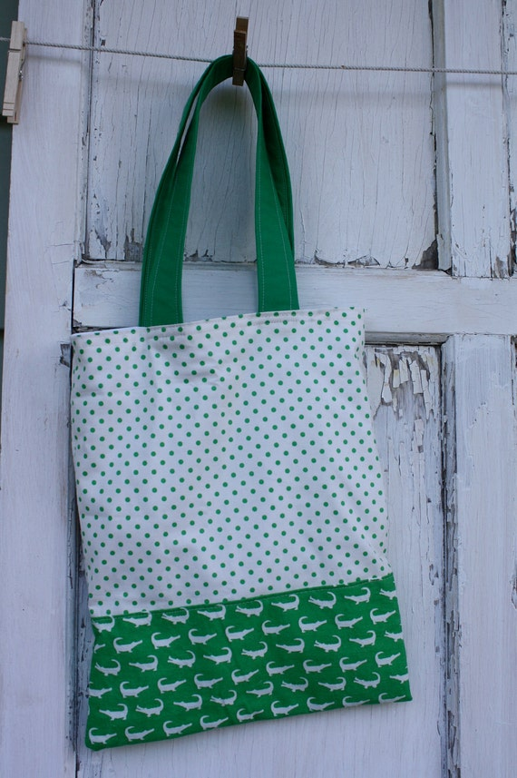 Library Gator Tote-Green Polka Dots