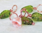 SPRING POSIE - Stitch Markers on Handmade Copper Headpins - Set of 5 - US8