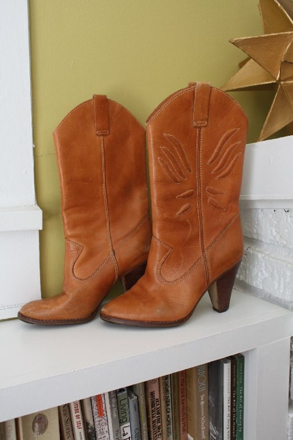 GOING VEGAN SALE 6.5 Imperial Caramel Stitched Cowboy Boots.  Wooden stack heel.