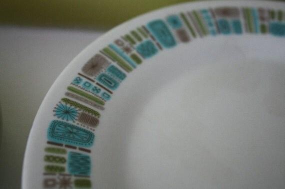 Atomic Mod Texasware Plates.  Eight pieces.