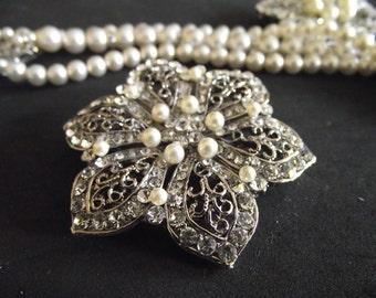 Pearl Rhinestone Flower Brooch, Vintage Style Crystal Wedding Brooch Pin