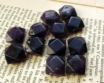 Vintage geometric purple faceted beads