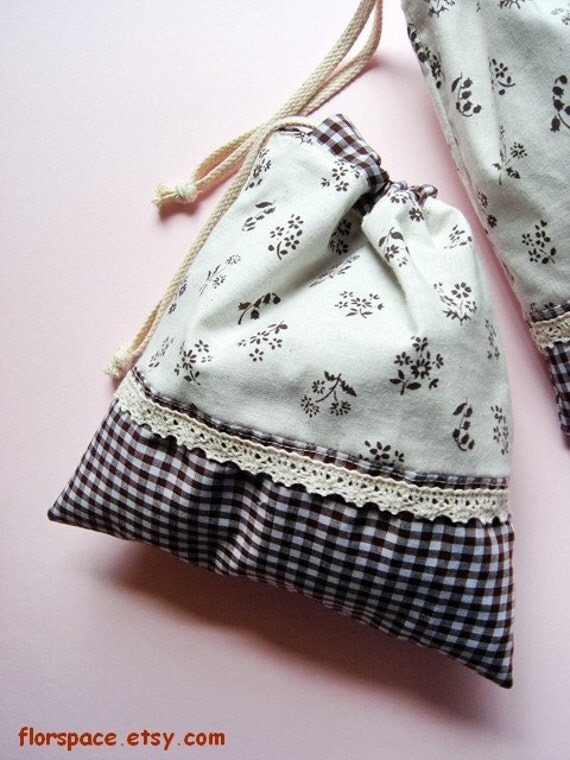 My Nannas Garden Drawstring Ditty Pouch Bag ---------- 2 of 2