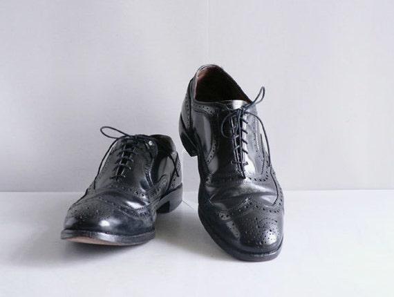Men's Black Wing Tip Brogues by Allen Edmonds, Size 9 1/2 D
