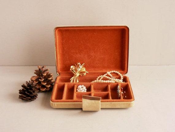 Unisex Beige Velvet Jewelry Box