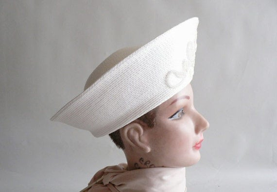 Reserved For Veronica Women's White Faux Straw Fashion Hat