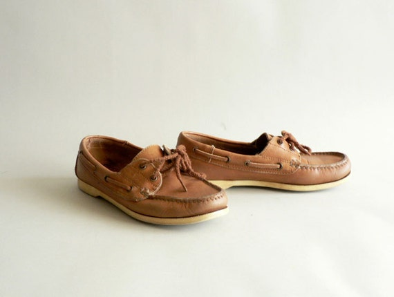 Women's Size 7M Deck Shoes, Camel Tan Boat Shoes
