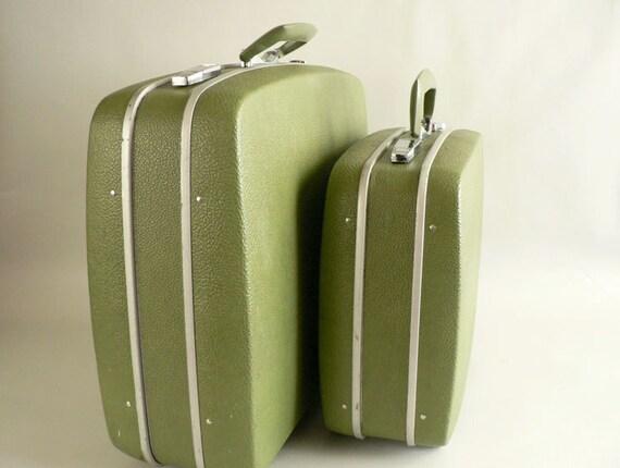 Vintage 1960s Green Suitcase Set