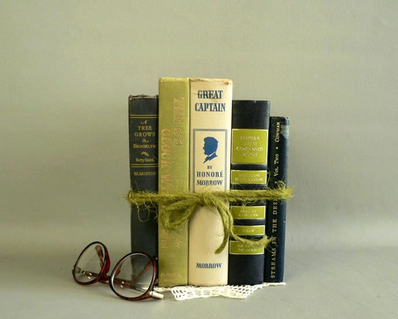 Home Decor Vintage Books,  Set of 5 Display Books