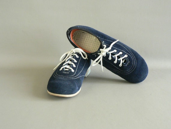 Women's Blue Bowling Shoes,  size7.5 Leather Bowling Shoes