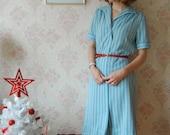 SALE vintage wool blend blue dress w collar size S