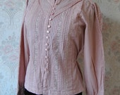 SALE dusty pink sweet blouse with pintucks and lace